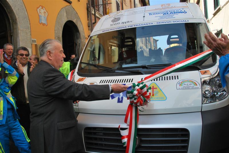 Inaugurazione-Pulmino-Attrezzato-ACG-Italia-2012-