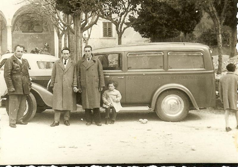 Ambulanza 2 fine anni 1950